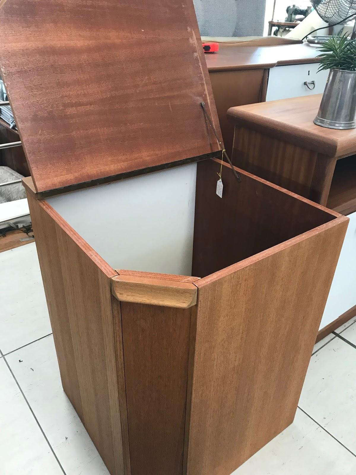 Appel N Ui Furniture Amp Others