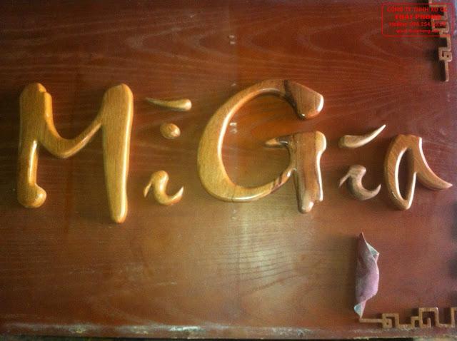 Mẫu chữ gỗ làm bảng hiệu quán cafe
