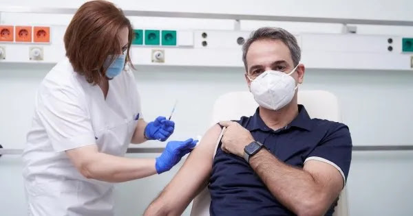 Μητσοτάκης: Κατηγόρησε όσους πέθαναν από κορωνοϊό γιατί... δεν έκαναν το εμβόλιο! - Δείτε τι είπε (βίντεο)