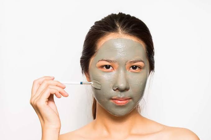 Amankah Menggunakan Masker Wajah Setiap Hari?