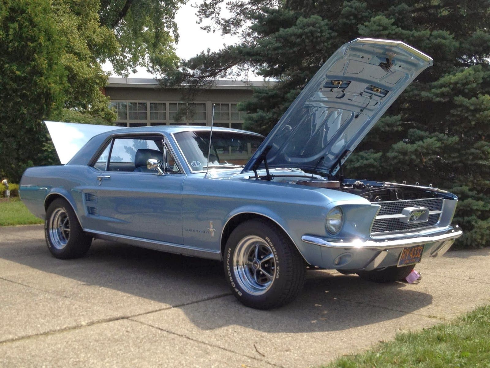 Customer car 1967 mustang coupe