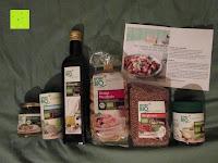 Lieferumfang: Rossmann enerBio - Berglinsen, Dinkel-Muscheln, Klare Gemüsebrühe, Olivenöl, Pesto Verde, Kräutermeersalz (mit Rezept)