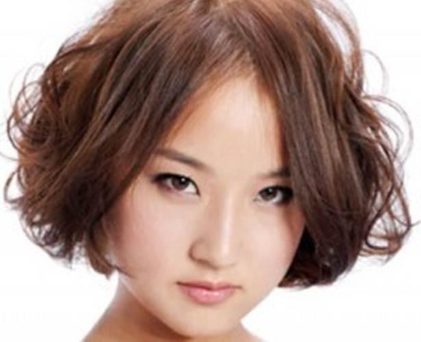 Model Rambut Wanita Wajah Bulat