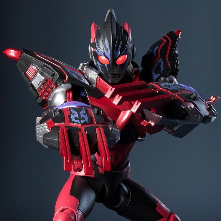 Ultraman X Darkness Figure