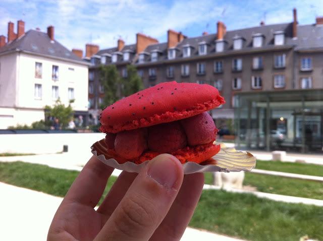 macarons gigantes en francia