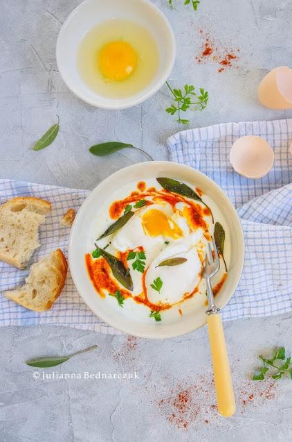 Cilbir - jajka po turecku