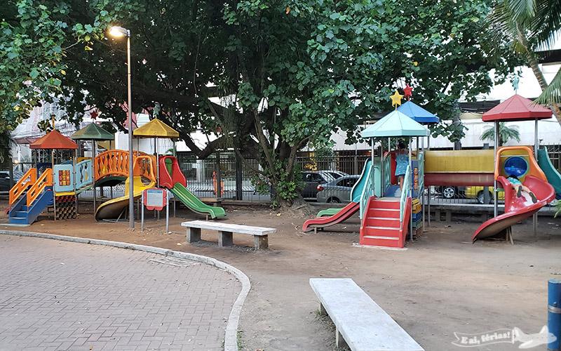 Praça infantil no Planetário