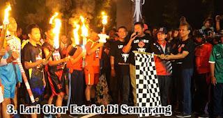 Lari Obor Estafet Di Semarang merupakan salah satu tradisi unik 17an di berbagai daerah Indonesia
