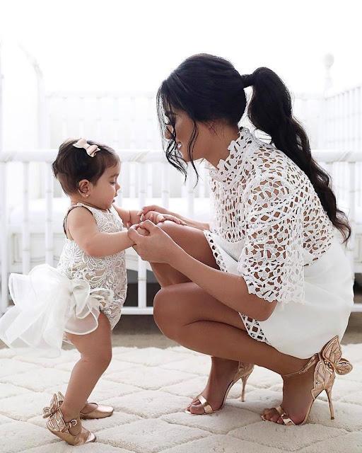 outfits mama e hija vestidos