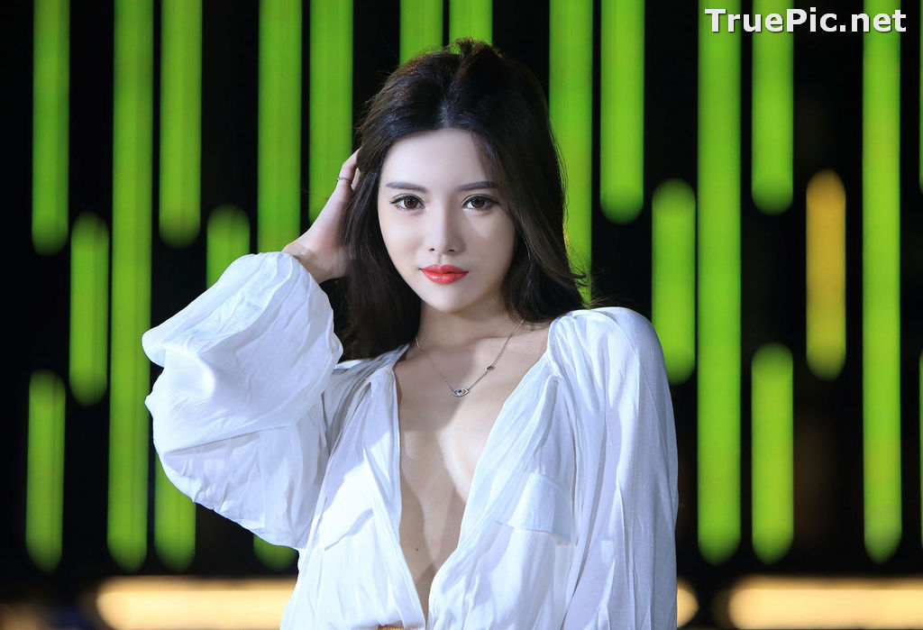 Image Taiwanese Model – 莊舒潔 (ViVi) – Sexy and Pure Baby In Night - TruePic.net - Picture-27