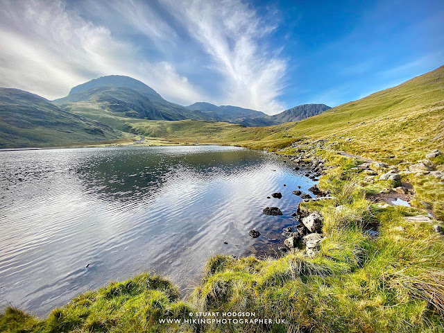 Styhead Tarn Scafell Pike walk routes height climbing corridor route, the best route up, Seathwaite, Elevation, Hotels, Campsites Lake District