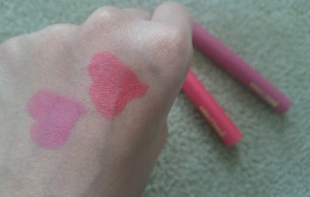Miss Claire Long Lasting Matte Lipstick, 29 Pink Sorbet, 34 Dark Pink, swatches, affordable lipsticks india, natural, daily wear, no makeup makeup look india