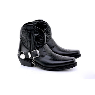 jual sepatu touring termurah,sepatu biker kulit asli.gambar sepatu touring terbaru 2018,grosir sepatu adventure, sepatu adventure termurah di bandung,sepatu motor gedekulit