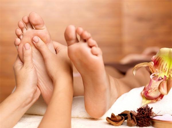 Trung tâm đào tạo nghề spa - tác dụng massage chân