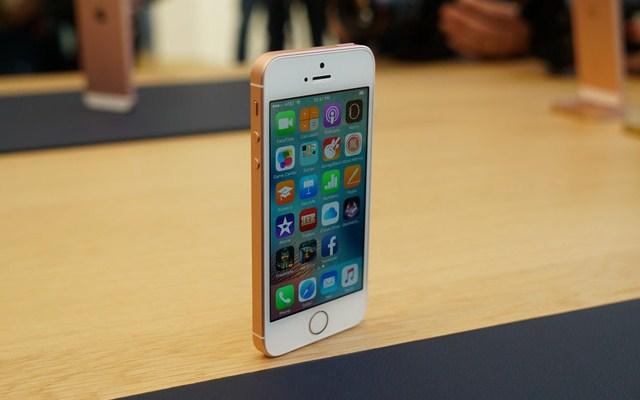 Harga Apple iPhone SE Terbaru