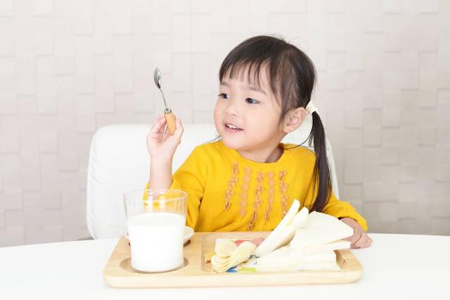 Jaga Kesehatan Anak Usia Dini Lewat Asupan Gizi