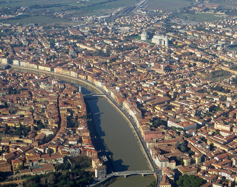 Pisa_-_veduta_dall%2527aereo_4.JPG