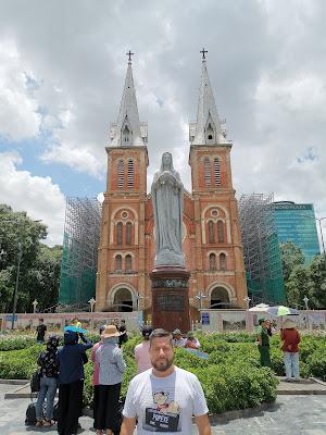 Catedral de Notre Dame, Saigón, Vietnam