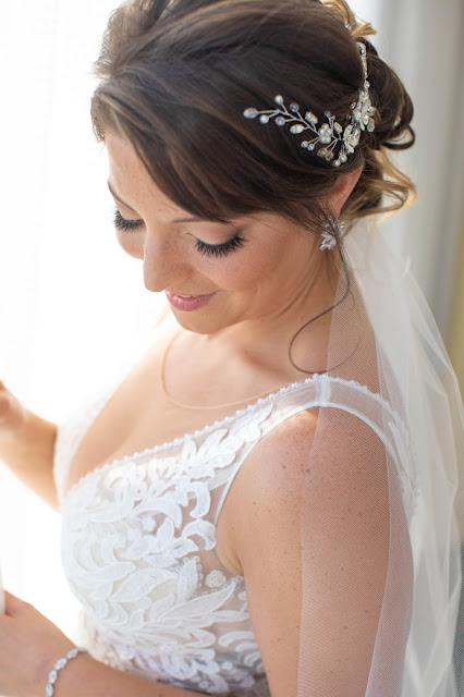 Professional close up shots of bride and her accessories.