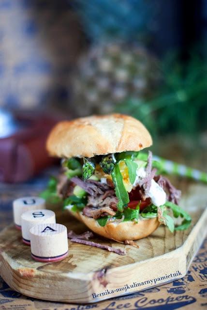 kanapka, indyk, pulled pork, pulled turkey, wolno pieczony, mieso, bernika, kulinarny pamietnik, przekaska