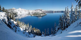 https://commons.wikimedia.org/wiki/File:Crater_Lake_winter_pano2.jpg