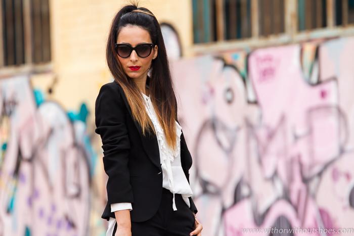 Blog de moda belleza estilo de Valencia con un Look sofisticado de fiesta dia especial blazer americana y pantalon negro camisa blanca