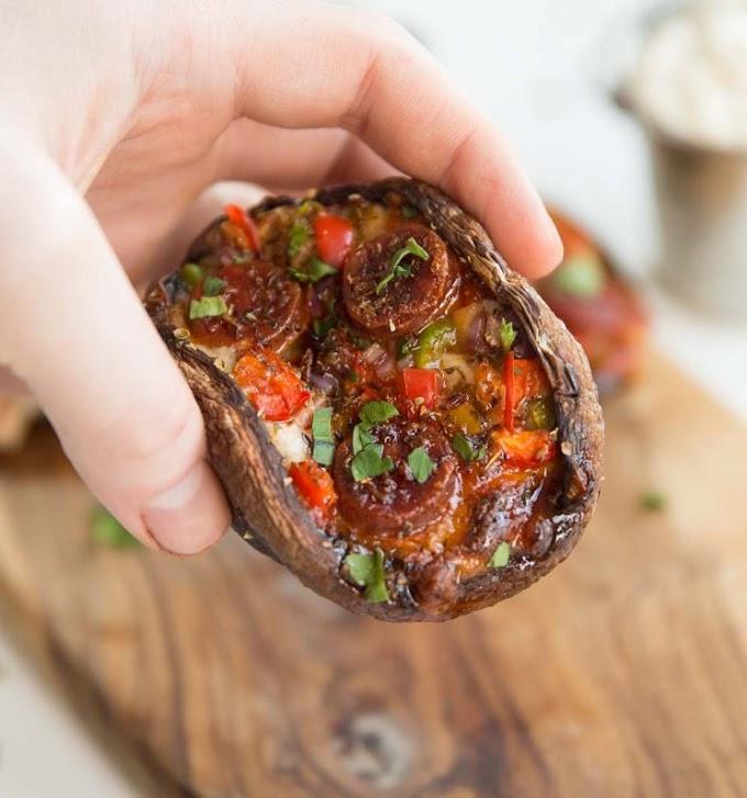 ★★★★★ |   Pizza Stuffed Portobello Mushrooms