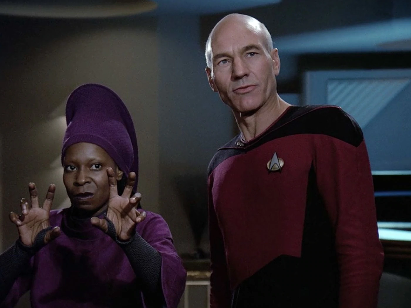 Whoopi Goldberg e Patrick Stewart em Star Trek: The Next Generation