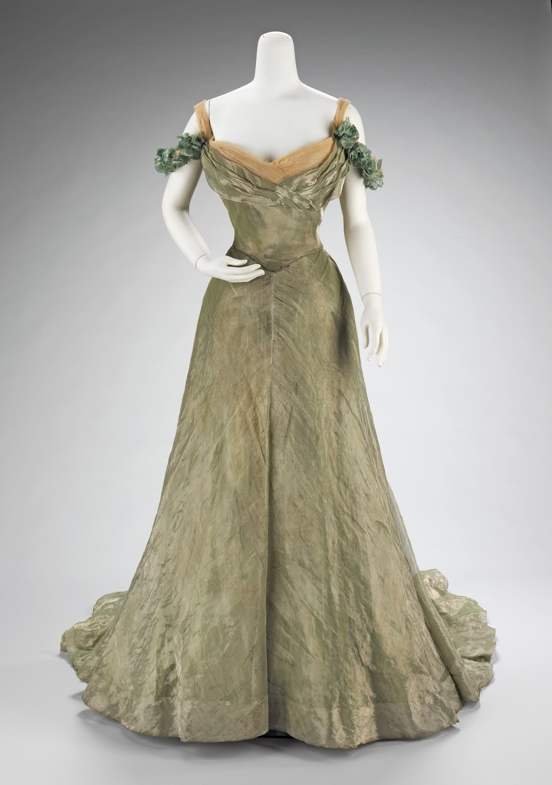 Frolicking Frocks: Gibson Girl Gown Progress