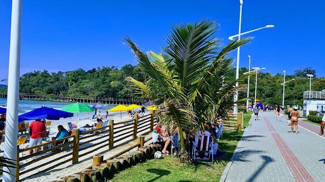 Praias de Bombinhas liberadas