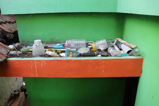 வீடுகளில் பிளாஸ்டிக் கழிவுகள் -Plastic Waste in Houses