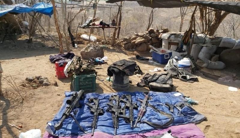 Caen 7 sicarios de Carteles Unidos en Narcocampamento en Michoacán