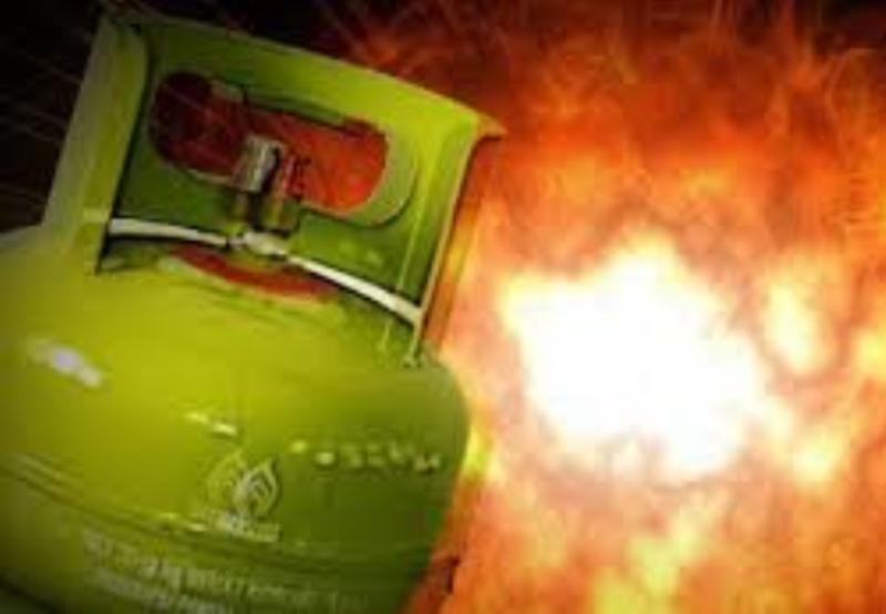 Tak Sadar Gas Bocor, Saat Menyalakan Listrik Satu Keluarga Tersambar Api