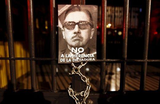 Condenan a 106 agentes de la dictadura chilena de Pinochet