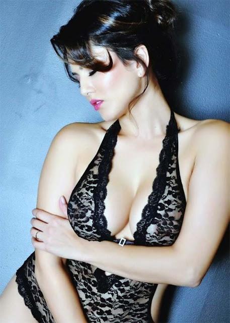 Sunny Leone looks scintillatingly sexy in this black bikini