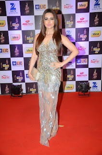 Sana Khan looks Stunning in a Dazzling Silver Transparent Gown with Plunging Neckline at Mirchi Music Awards 2016