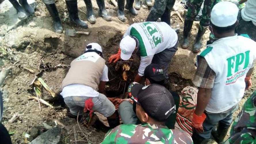 FPI membantu korban gempa di Palu