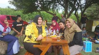 Rawat Silaturrahmi,  Lampu Badai Ajak Keluarga ke Pantai Marannu