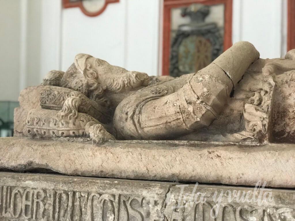 Monasterio de San Pedro de Cardeña tumba
