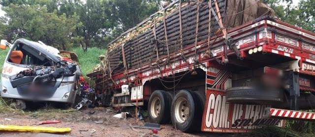 Acidente com caminhão de repolhos