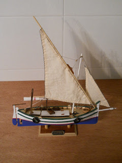 llaud barco pesquero