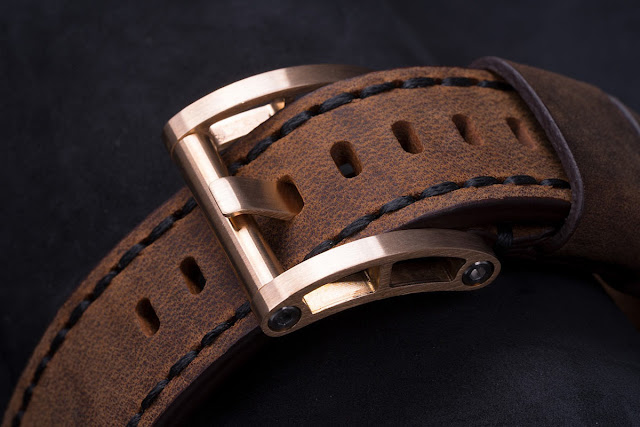 H2O Watch - H2O Tiburon Bronze, the buckle