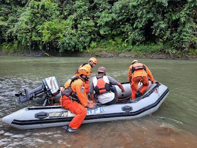 Basarnas Lampung dan Tim SAR Gabungan Terus Lakukan Pencarian Slamet Hardi