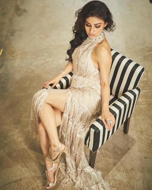 Bollywood Actress Mouni Roy Latest Hot Stills Actress Trend