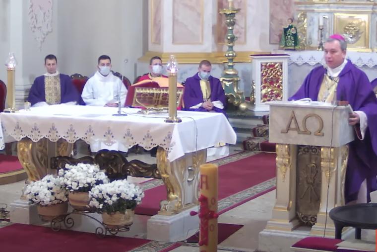 Krisis Belarusia, Satu Orang Tewas dan Uskup Tadeuz Dideportasi