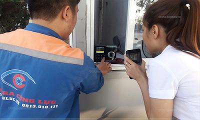 Thợ kỹ thuật lắp đặt máy chấm công chuyên nghiệp hàng đầu Hải Phòng