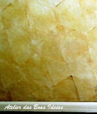 parede revestida com filtro de café