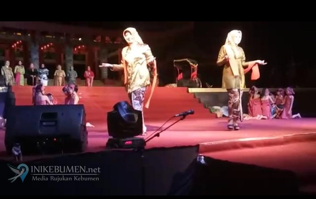 Eksotika Batik Jateng, Istri Wabup Kebumen Peragakan Batik Jagadan