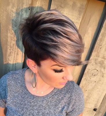 Warna rambut pendek trendi
