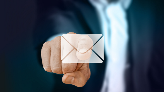 Um simples anexo de um email